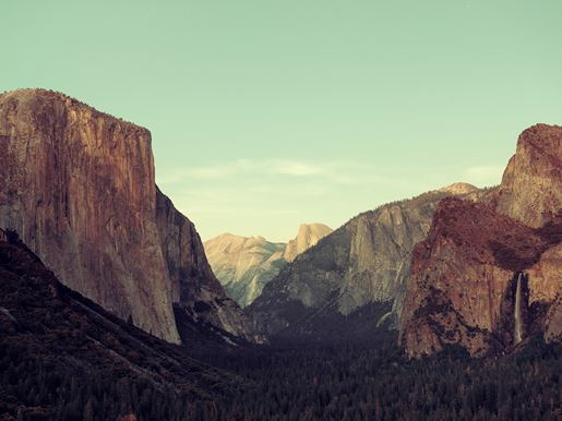 Canva Yosemite Valley