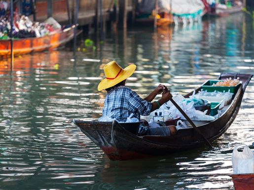 Canva Floating Market In Thailand